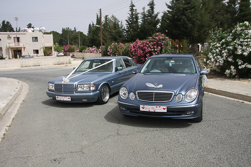 WEDDING CARS / 1 - 4 PERSONS TAXI